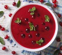 Owocowa zupa wiśniowa z makaronem: przepis