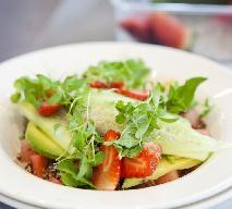 Quinoa i awokado: zdrowa sałatka z komosy ryżowej