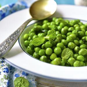 Miętowy groszek - pyszny dodatek do obiadu z zielonego grochu
