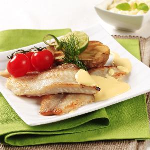 Ryba w sosie śmietanowo-serowym: łatwy przepis