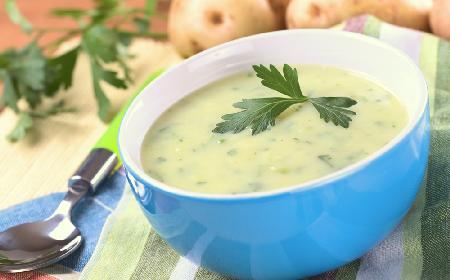 Zupa pietruszkowo-chrzanowa z menu beszamel