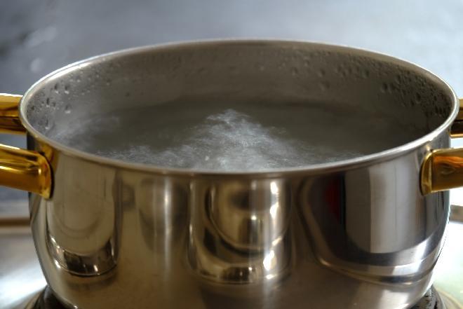 Jakie powinny być garnki do gotowania na płycie indukcyjnej?
