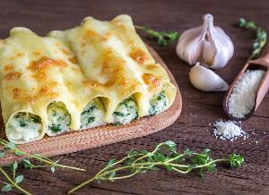 Cannelloni ze szpinakiem i ricottą - pyszne danie bezmięsne
