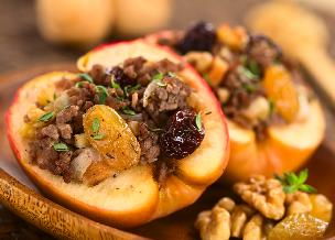 Jabłka pieczone nadziewane mięsem - idealna przekąska imprezowa za grosze!