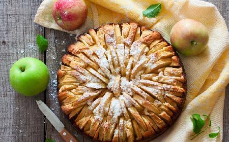 Niemiecki jabłecznik pychota: przepis na idealne ciasto z jabłkami
