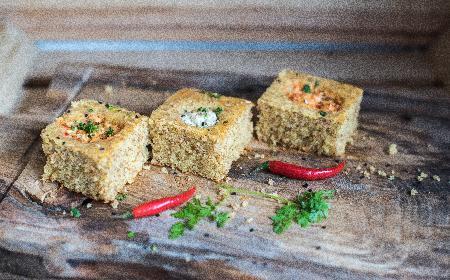 Proja - serbskie ciasto z dodatkiem twarożku: prosty przepis