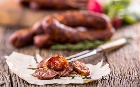 Szaszłyki z polędwiczki wieprzowej i chorizo wg Pascala Brodnickiego