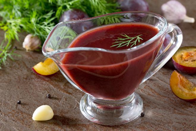 Keczup śliwkowy: przepis na domowy keczup słodko-kwaśny!
